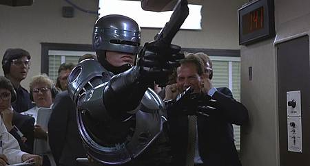 robocop fight.jpg