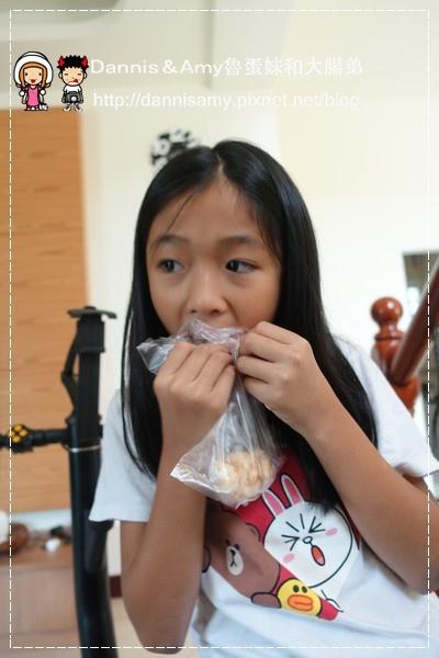黃師傅高梁香腸+寶寶肉酥(寶寶肉鬆) (1)