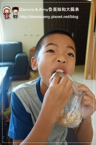 黃師傅高梁香腸+寶寶肉酥(寶寶肉鬆) (30)