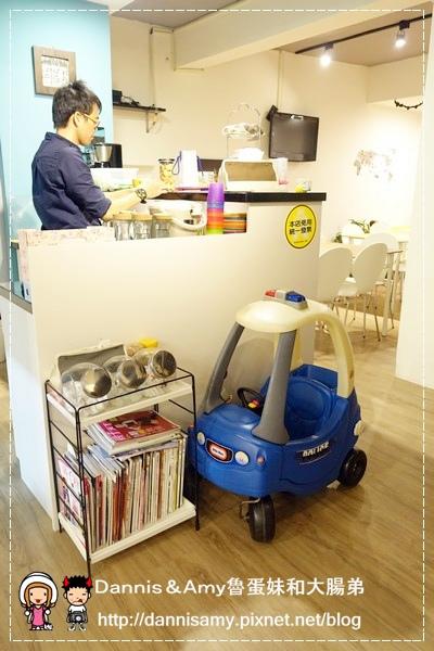 Peek-A-Boo Café藍帶甜點親子咖啡廳 (1).jpg