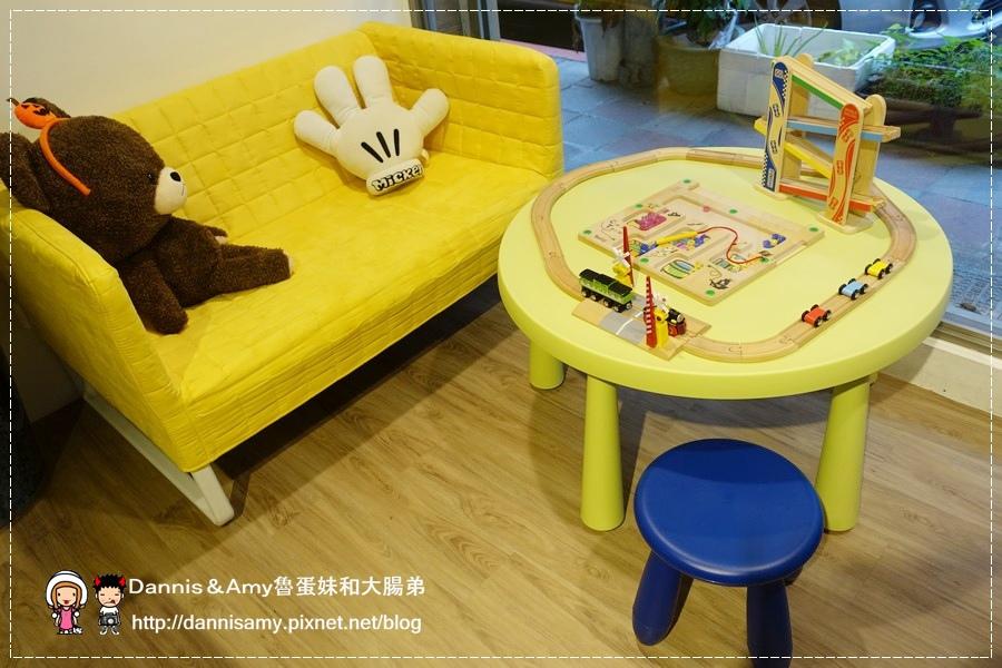 Peek-A-Boo Café藍帶甜點親子咖啡廳 (13).jpg