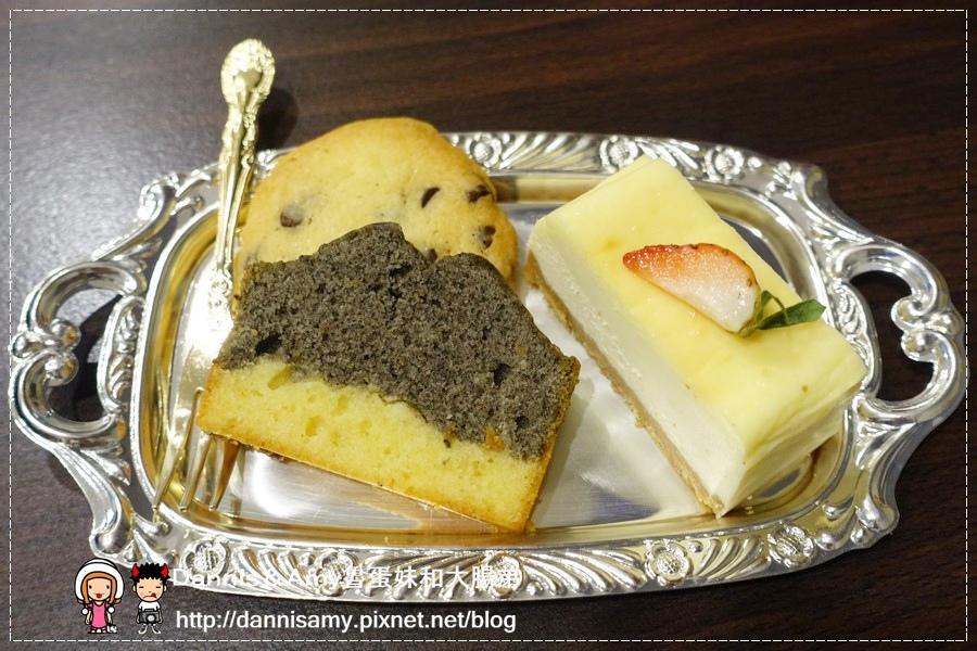 Peek-A-Boo Café藍帶甜點親子咖啡廳 (20).jpg