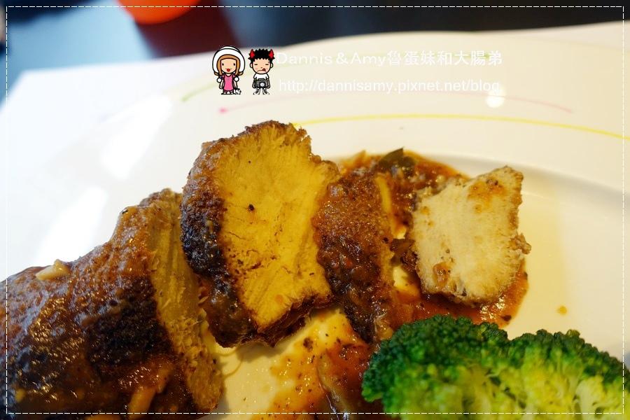 COLORFUL卡樂親子蔬食餐廳 (51).jpg