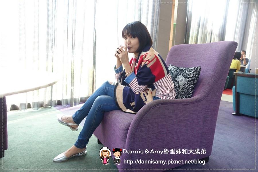 shein.com 秋冬暖上心頭小軍人印花雙色繽紛披(圍)巾 (18).jpg