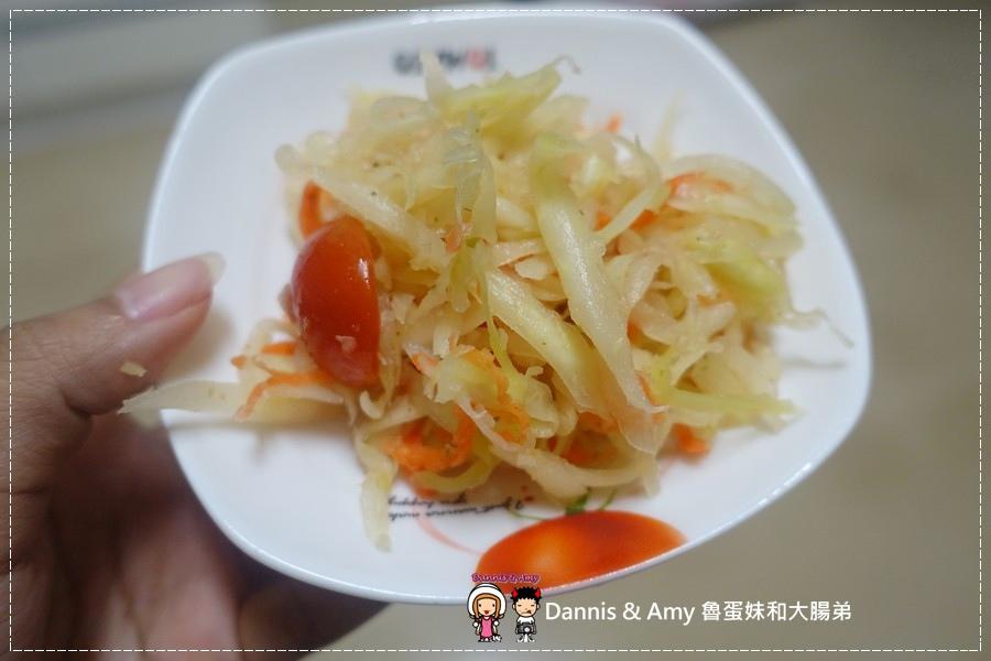 《泰式料理食譜》BoBo醬料館 必吃涼拌青木瓜絲x 泰式酸辣海鮮湯x豬肉綠咖哩 ︳泰式料理第一次就上手 在家輕鬆做簡單作法 素食者可以吃喔! (1).jpg