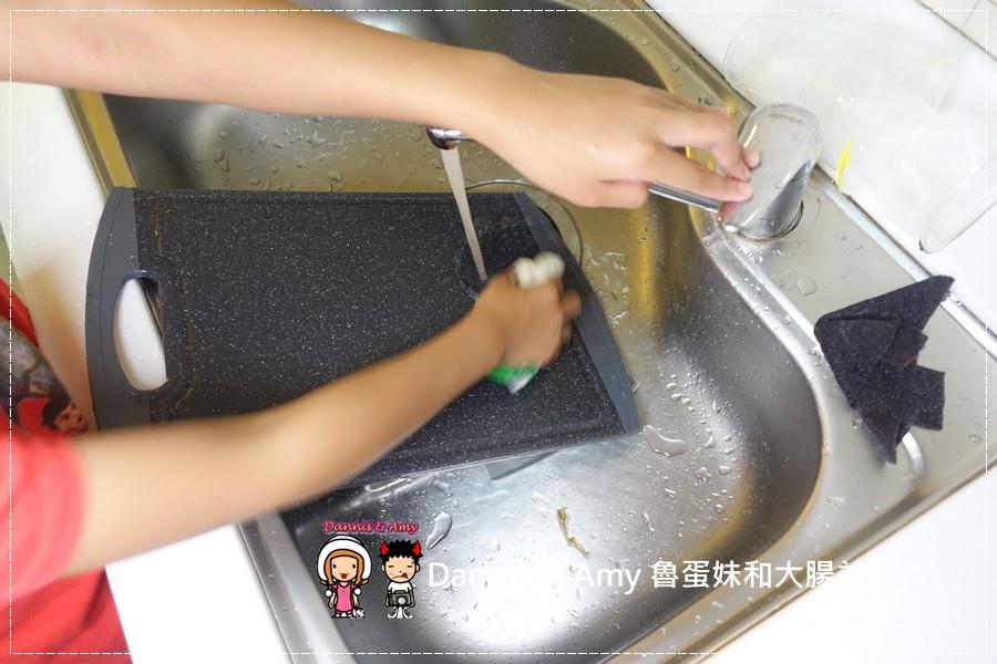 20160905《廚房法寶》美國Wonder Weave天然抗菌竹纖維萬用巾那裏買?新的清潔方式讓你把化學清潔劑收起來︱開箱影片 (17).jpg