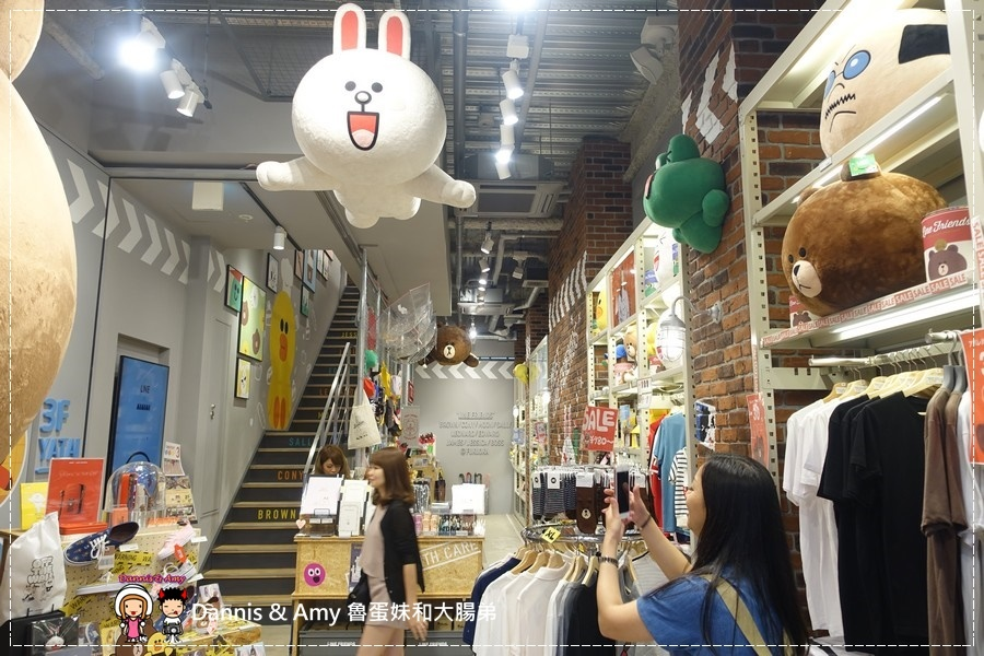 20160908《福岡天神景點》LINE FRIENDS CAFE & STORE 福岡天神店 超級好拍照的景點之一 ︱ (8).jpg