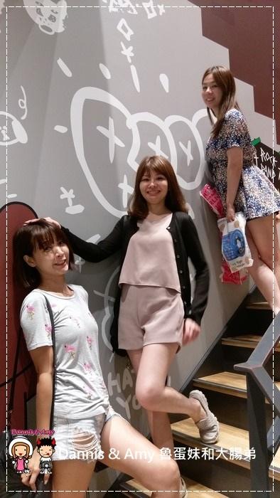 20160908《福岡天神景點》LINE FRIENDS CAFE & STORE 福岡天神店 超級好拍照的景點之一 ︱ (37).jpg