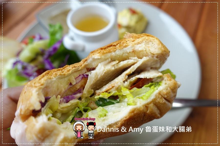 20161022《新竹關新路美食》︱Mumu餐桌。早午餐。下午茶、晚餐的好去處︱好吃好拍照推薦 (影片) (56).jpg