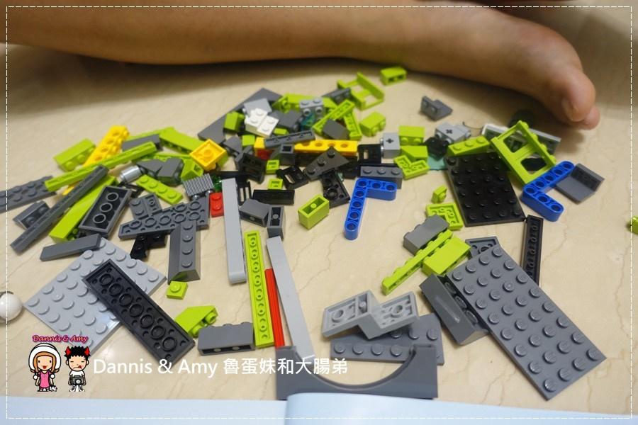 20161020《益智玩具開箱》︱誰能抵擋LEGO樂高積木的神奇魔力x60125 Volcano Heavy火山探險重型載運直升機 ︱玩具反斗城獨家販售!! (影片) (20).jpg