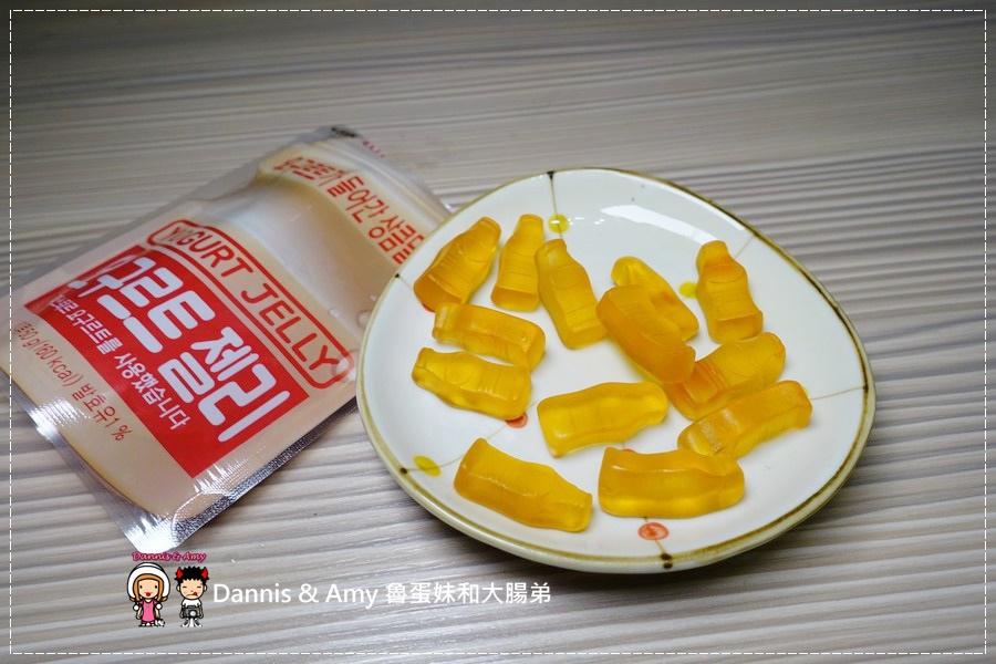 20170331《7-11新品》養樂多系列篇。8元台灣養樂多 PK 韓國韓星愛喝的養樂多軟糖冰沙。養樂多軟糖。養樂多洋芋片︱ (廢話很多的開箱影片) (20).jpg