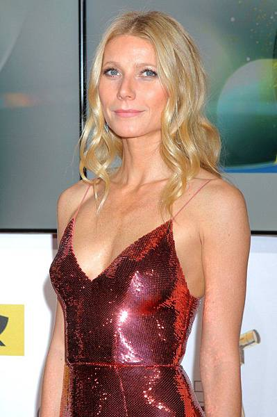 gwyneth-paltrow-die-goldene-kamera-2014-awards-03