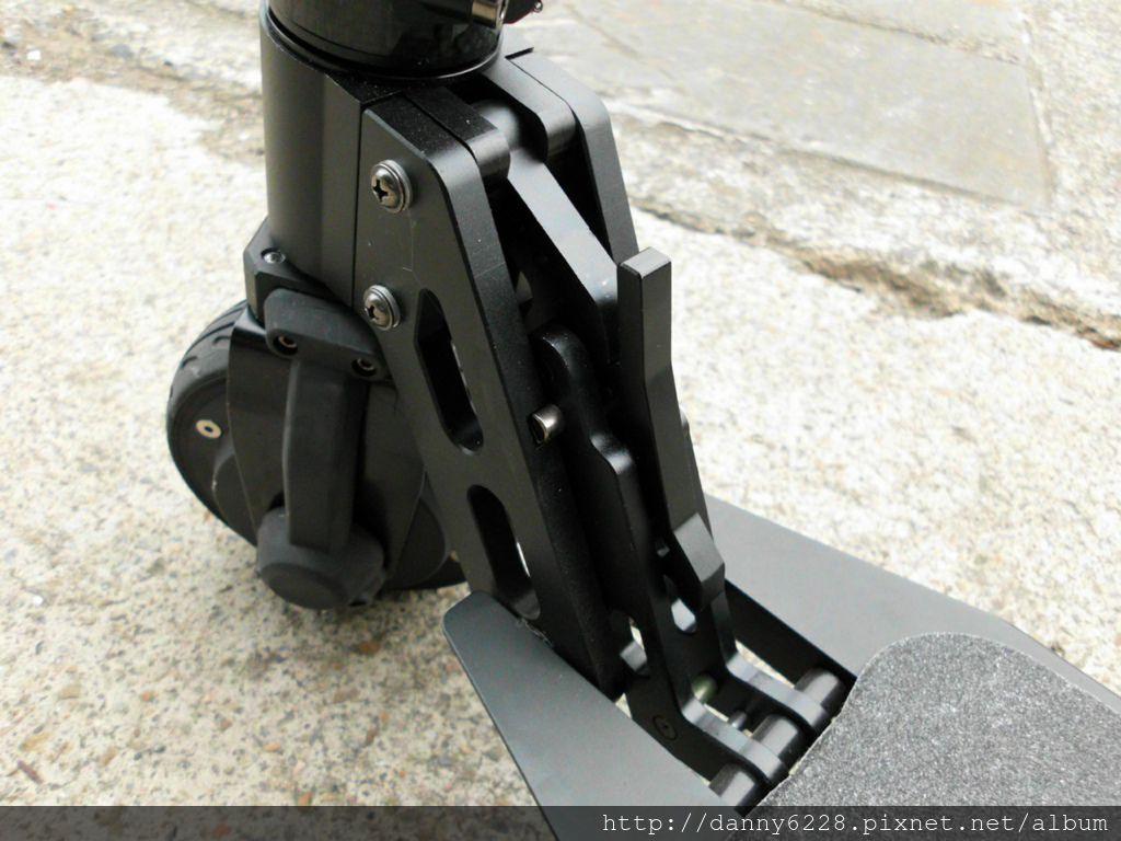 Jasion碳纤维電動滑板車(39).jpg
