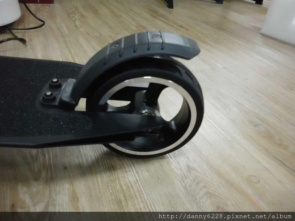 Jasion碳纤维電動滑板車(68).jpg