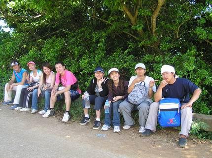 挑戰大天池後很累的一群人