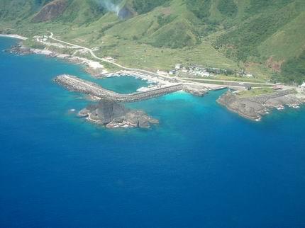 從飛機鳥瞰蘭嶼島一隅