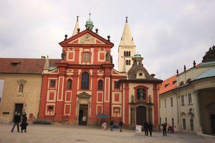 聖喬治教堂(羅馬式)