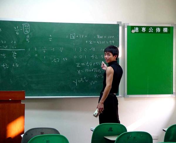聯成電腦學員.jpg