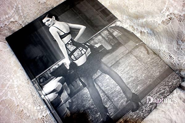 La Perla 攝影書《Lingerie & Desire》Cover