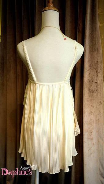 AN8-427 乳白色百褶睡衣