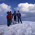 雪山頂及遼闊美景唯我四人獨享!