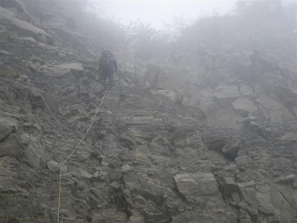 霍俄索溪溯登新望嶺_0222_2011-3-24 上午 11-48-11.JPG