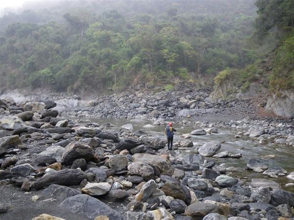 寶來溪溯登小關山2009-03-14 14-07-29_0060.JPG