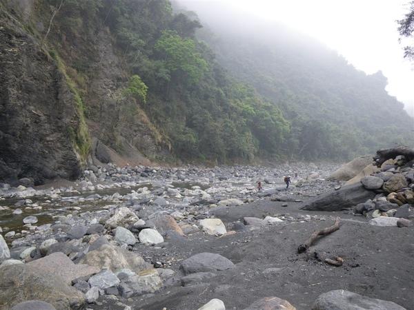 寶來溪溯登小關山2009-03-14 14-07-34_0061.JPG