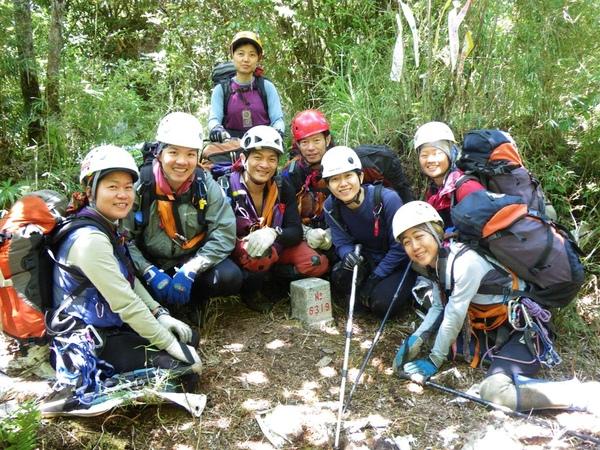 2009-05-31 10-39-13_實谷富溪溯登魔葉名病山_0497.jpg