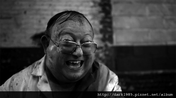 Laurence-R.-Harvey-in-The-Human-Centipede-II-Full-Sequence-2011-Movie-Image-600x337.jpg