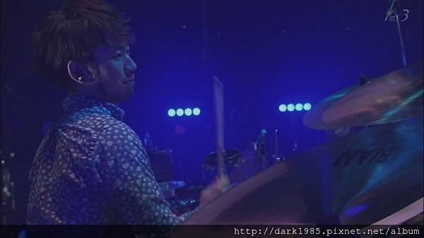 ASIAN KUNG-FU GENERATION ライブ.ts[(020958)00-21-17]