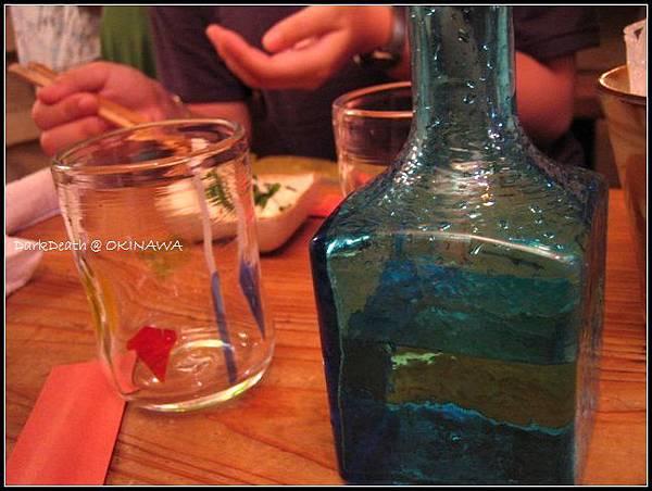 酒瓶與酒杯