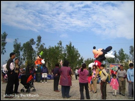 很多迪士尼人物的氣球