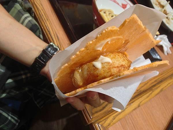 蝦餅夾章魚燒