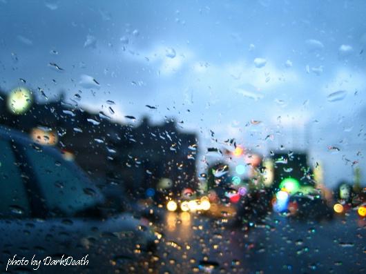 9806雨景