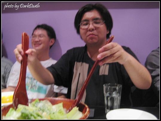 沙拉盆與真人比例尺