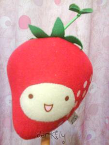 豆豆草莓捶捶棒.jpg