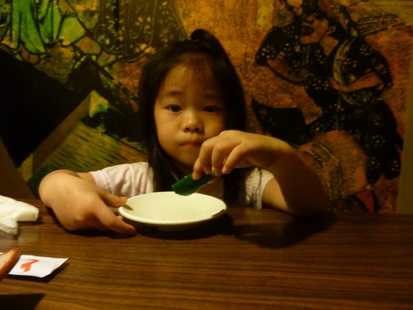 2010.05.22愛吃小黃瓜