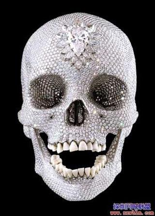 鑽石骷髏頭