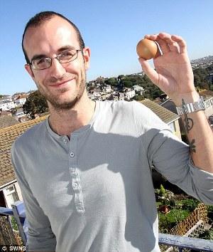 詹姆斯與完美圓雞蛋.jpg