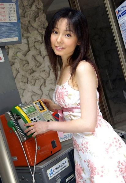 Yui_Hasumi_01.jpg