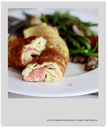 Smoked Salmo Omelette 03
