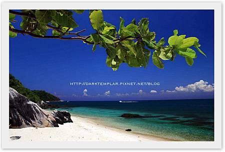 2011 Cham Island 01