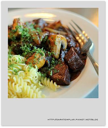 2014 Beef Bourguignon 05