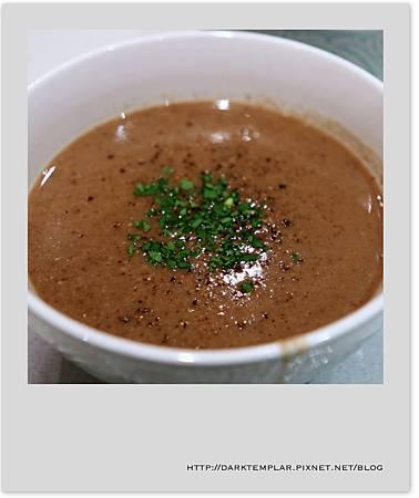 2016 Mushroom Soup 03