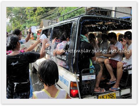 1004 Songkran (4).jpg