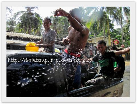 1004 Songkran.jpg
