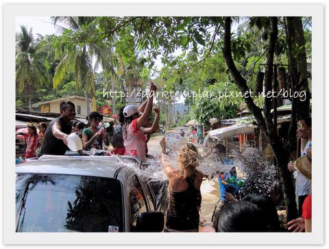 1004 Songkran (2).jpg
