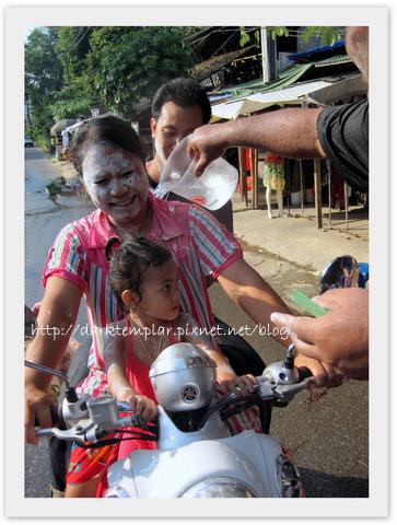 1004 Songkran (8).jpg