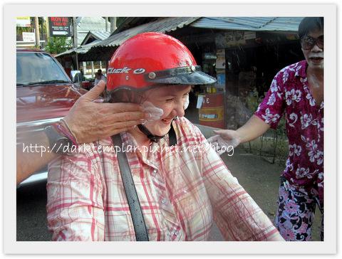1004 Songkran (9).jpg